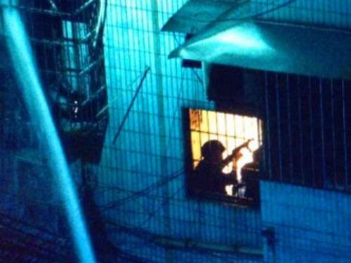 广州警方与毒贩枪战 致3死伤[图]