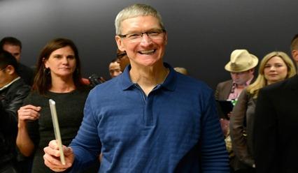 苹果CEO库克承认出柜 盘点那些同性恋名人
