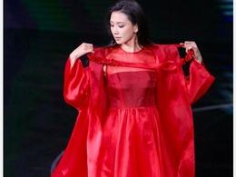 林志玲穿红裙艳压全场