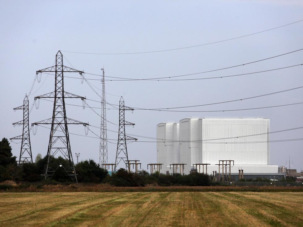 2016年9月15日,英国政府正式批准欣克利角C等核电项目,9月29日,中广核与法电正式签署了英国新建核电项目一揽子合作协议。中广核英国核电项目也成为中国在欧洲的最大投资项目。(图源:Getty/VCG)