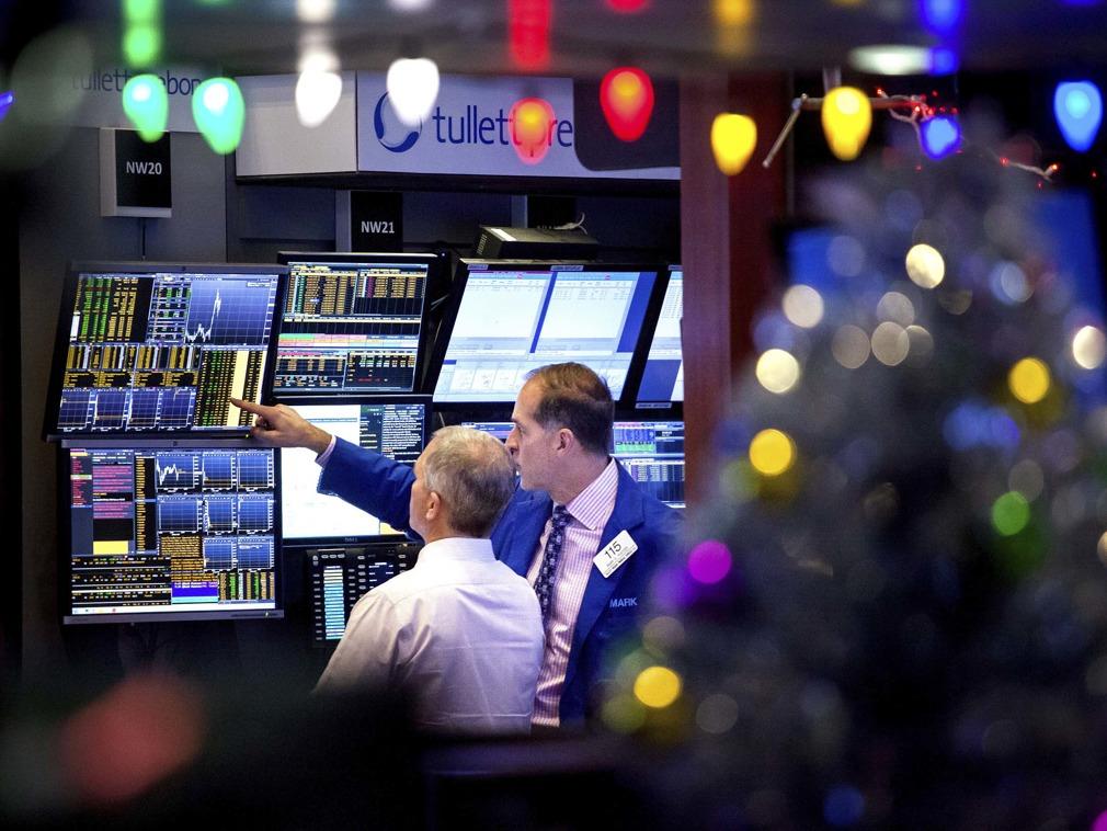 英媒:贸易战降温机遇将至 数大因素促美转向