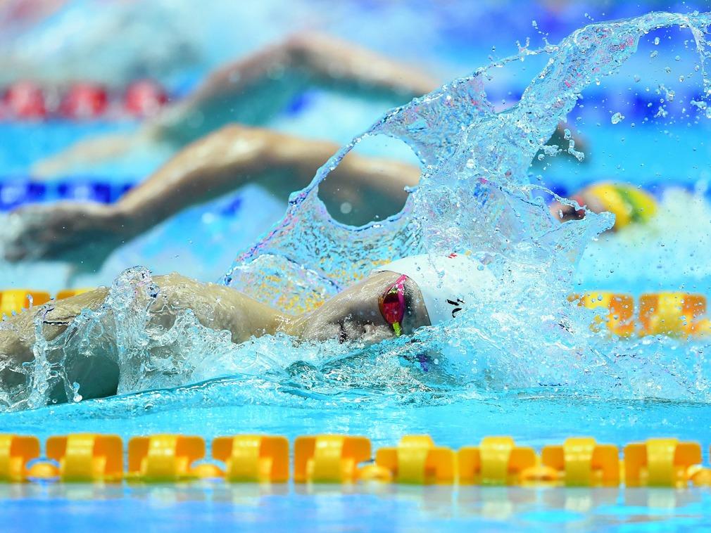孙杨400米自由泳四连冠 亚军霍顿拒绝登台合影[图集]